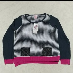 NEW! Girls fashion sweater w/ fake leather pockets